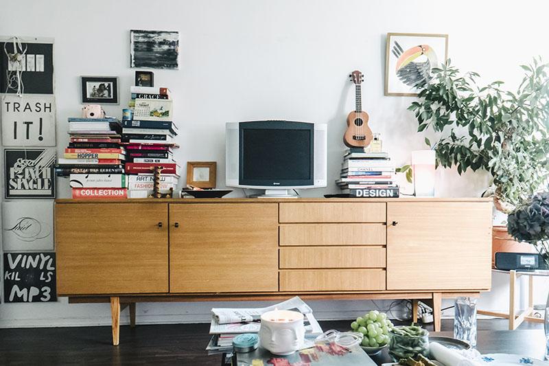 10-laura-dunkelmann-sideboard