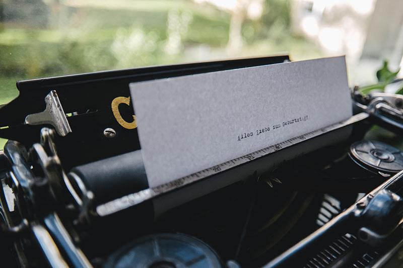 16-laura-dunkelmann-schreibmaschine