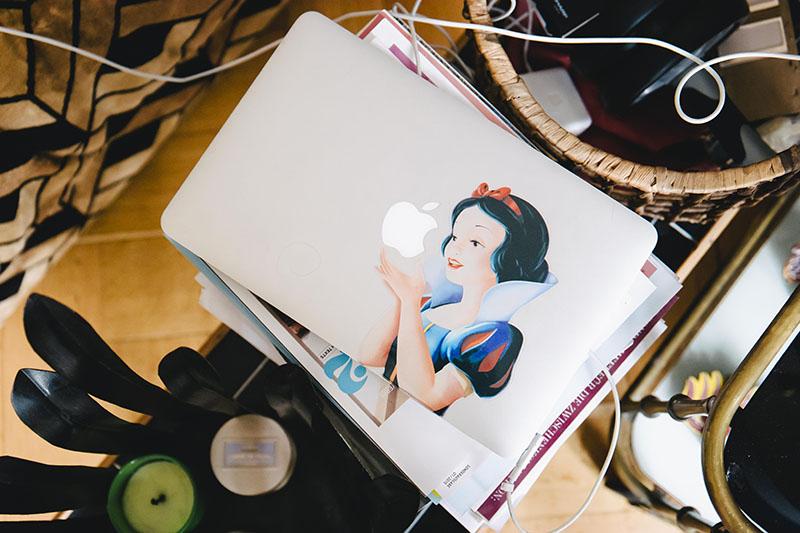 9-kerstin-goerling-hayashi-laptop