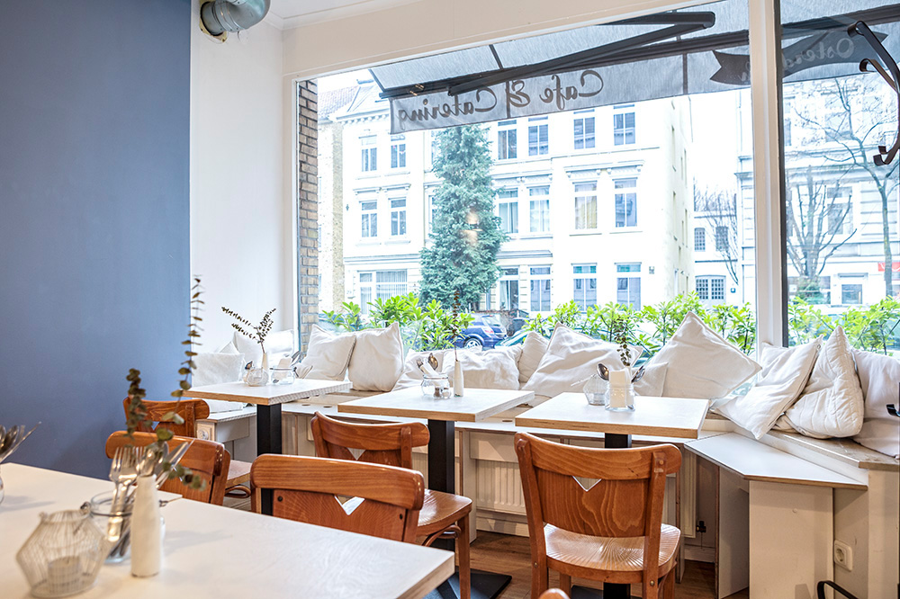 Femtastics-Yasmina-Foudhaili-Osterdeich-Cafe
