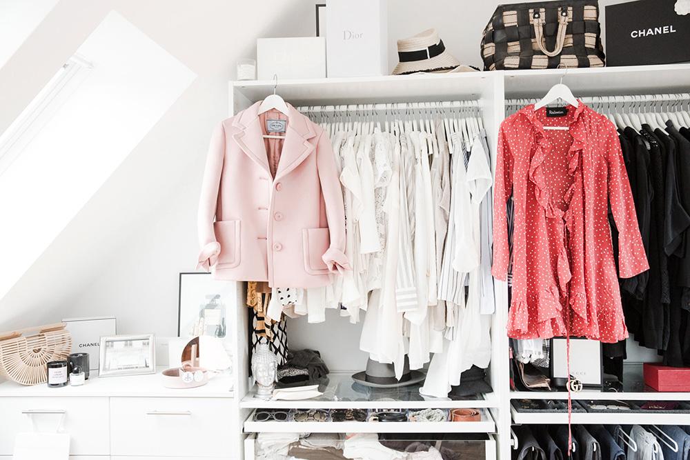 femtastics-Juliane-Diesner-Styleshiver-Kleiderschrank-Zuhause