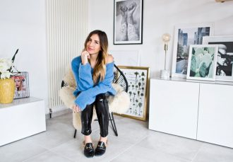 Femtastics-Sandra-Ebert-Black-Palms-Bloggerin