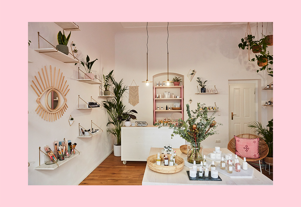 Femtastics-Lovely-Day-Botanicals-Store-Berlin