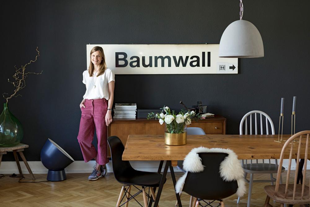 baumwall-schild
