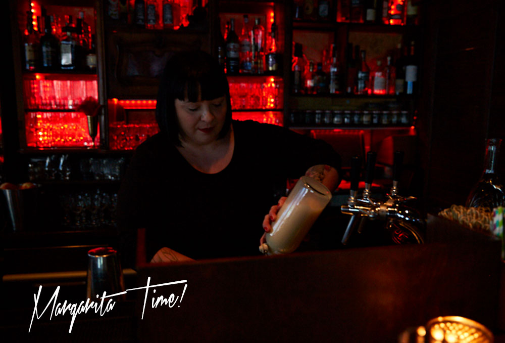 femtastics-Chug-Club-Drink-Mixen