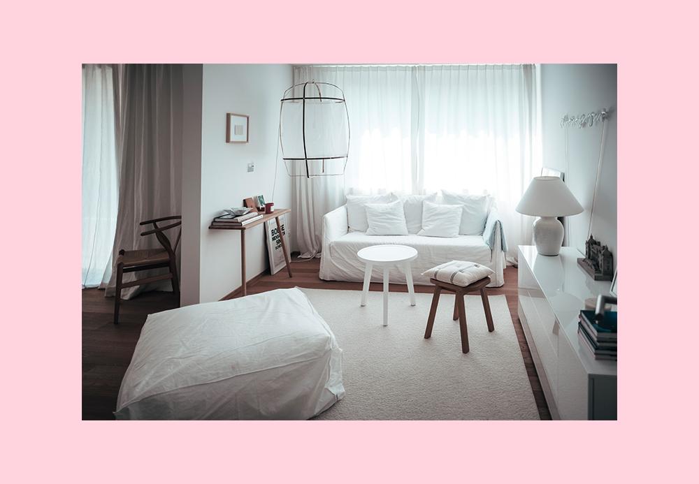 Femtastics-Mia-Vadasz-Schlafzimmer