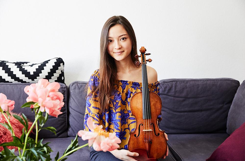 Femtastics-Sumina-Studer-Violinistin