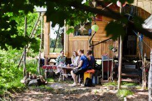 Von der Stadtwohnung ins mobile Tiny House auf dem Land