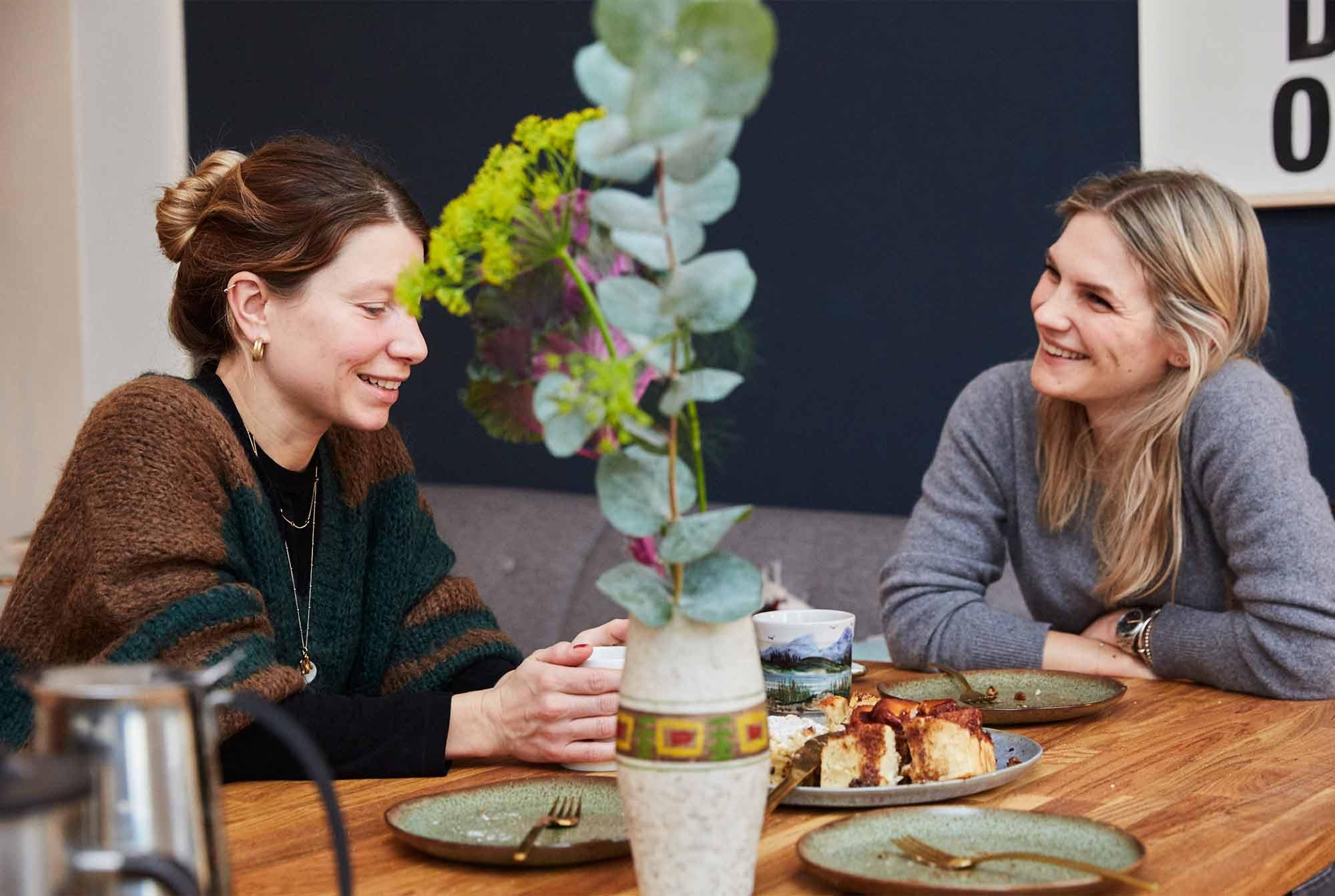 Anna hat Lisa in ihrer schönen Berliner Altbauwohnung besucht – und es gab Kuchen!