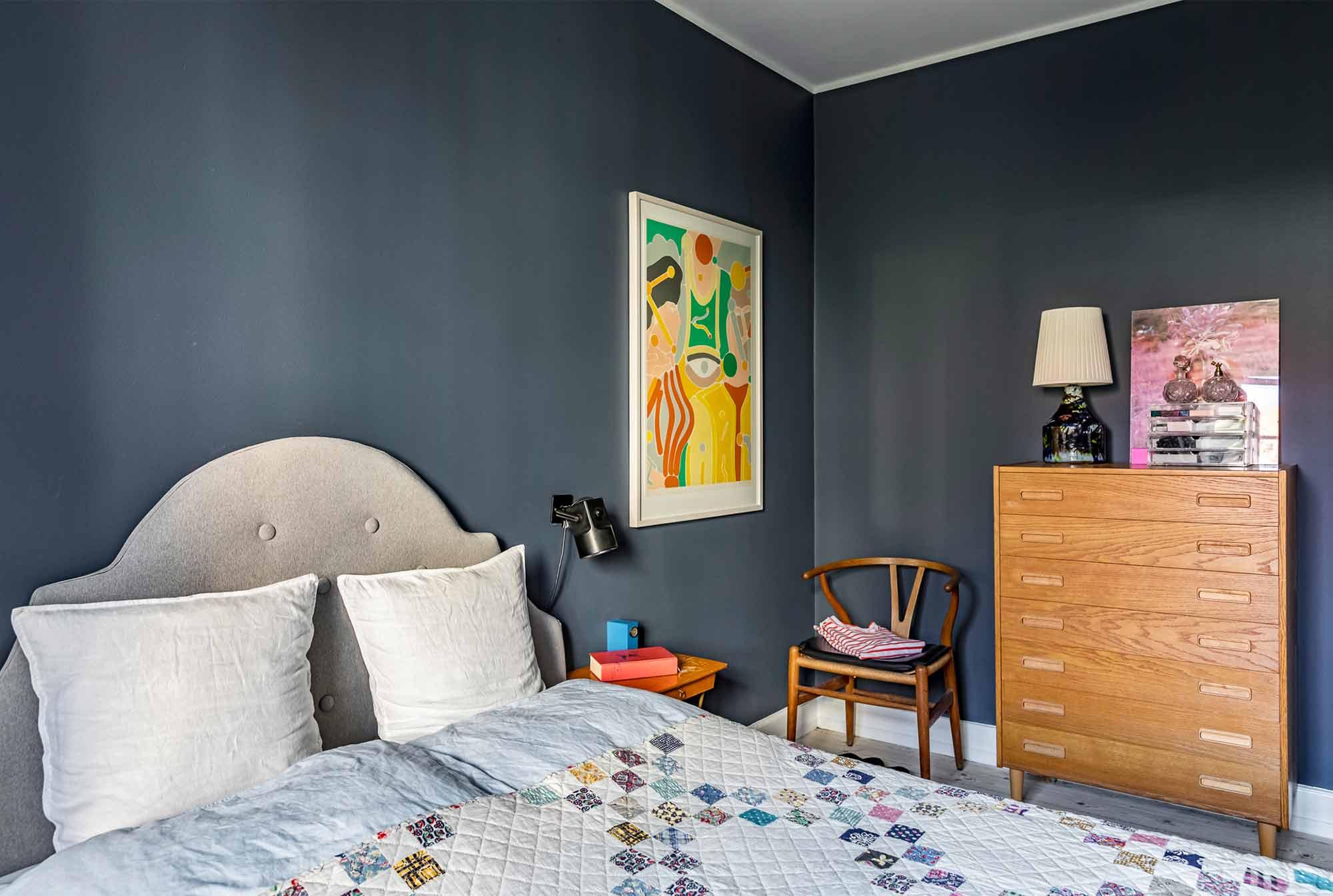 Schlafzimmer-dunkelblau