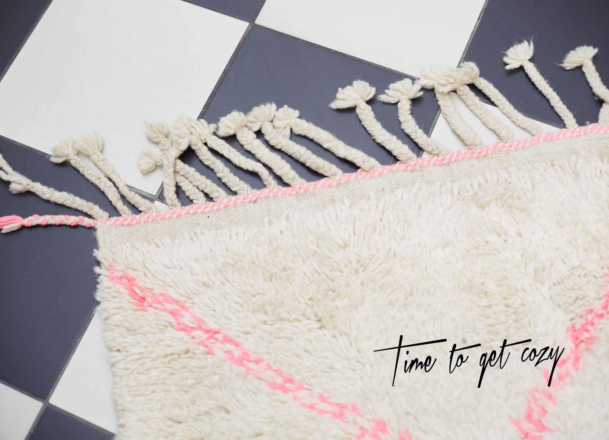 femtastics-inmir-yoga-teppich