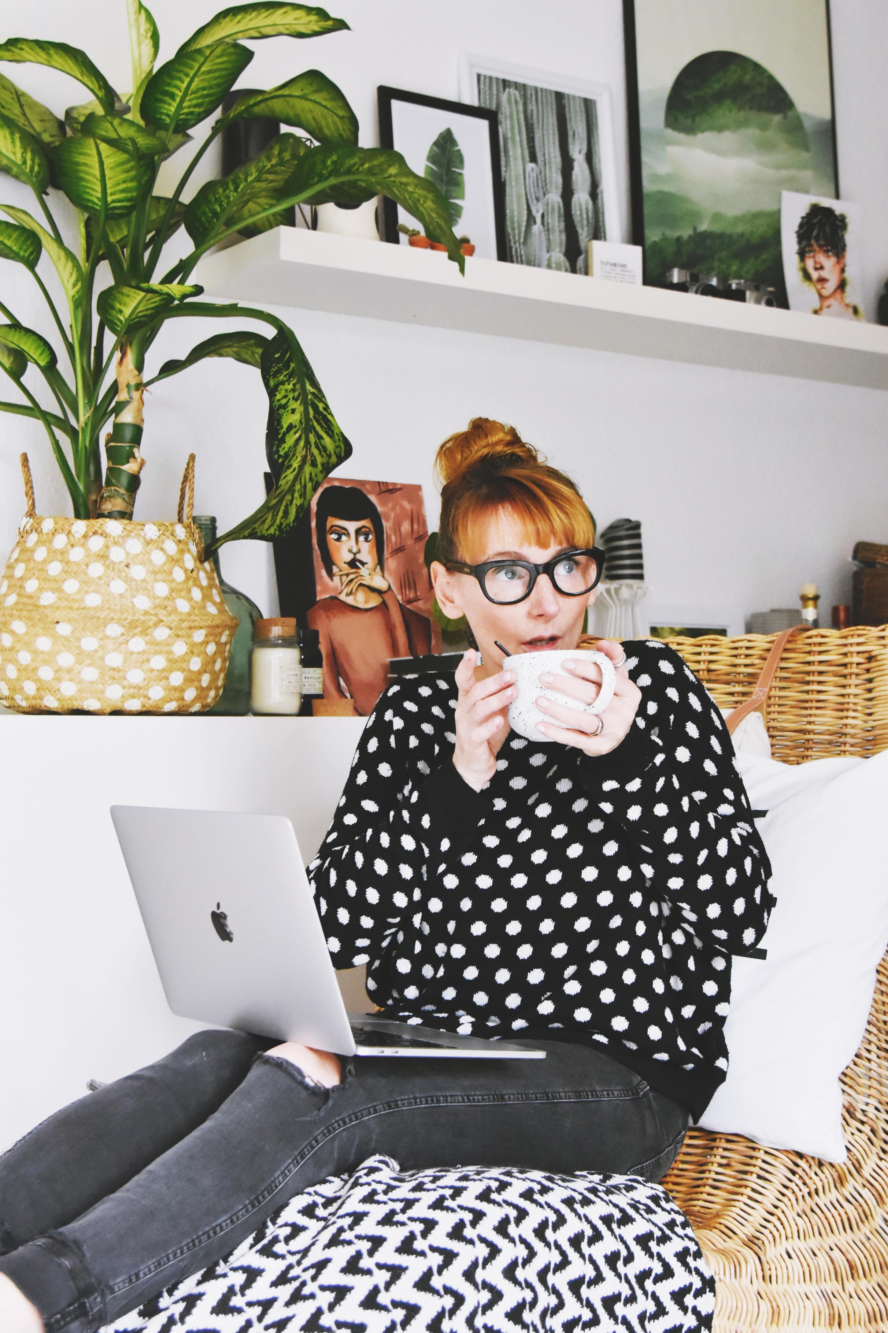 So sieht Nic von luziapimpinella aus, wenn sie einen ihrer tollen Blogposts schreibt. Credit: Nicole Hildebrandt