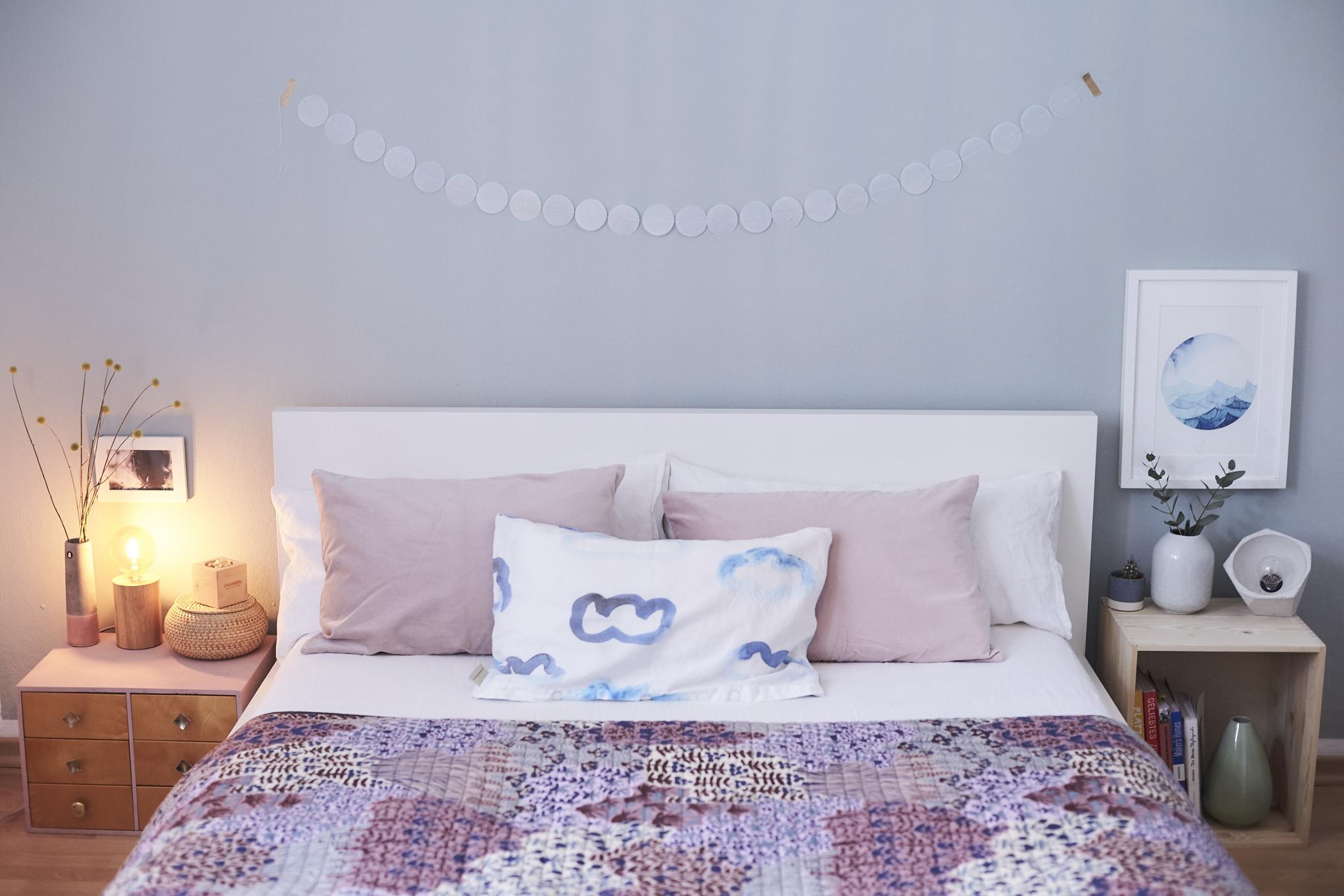 femtastics-Schlafzimmer-blaue-Wand