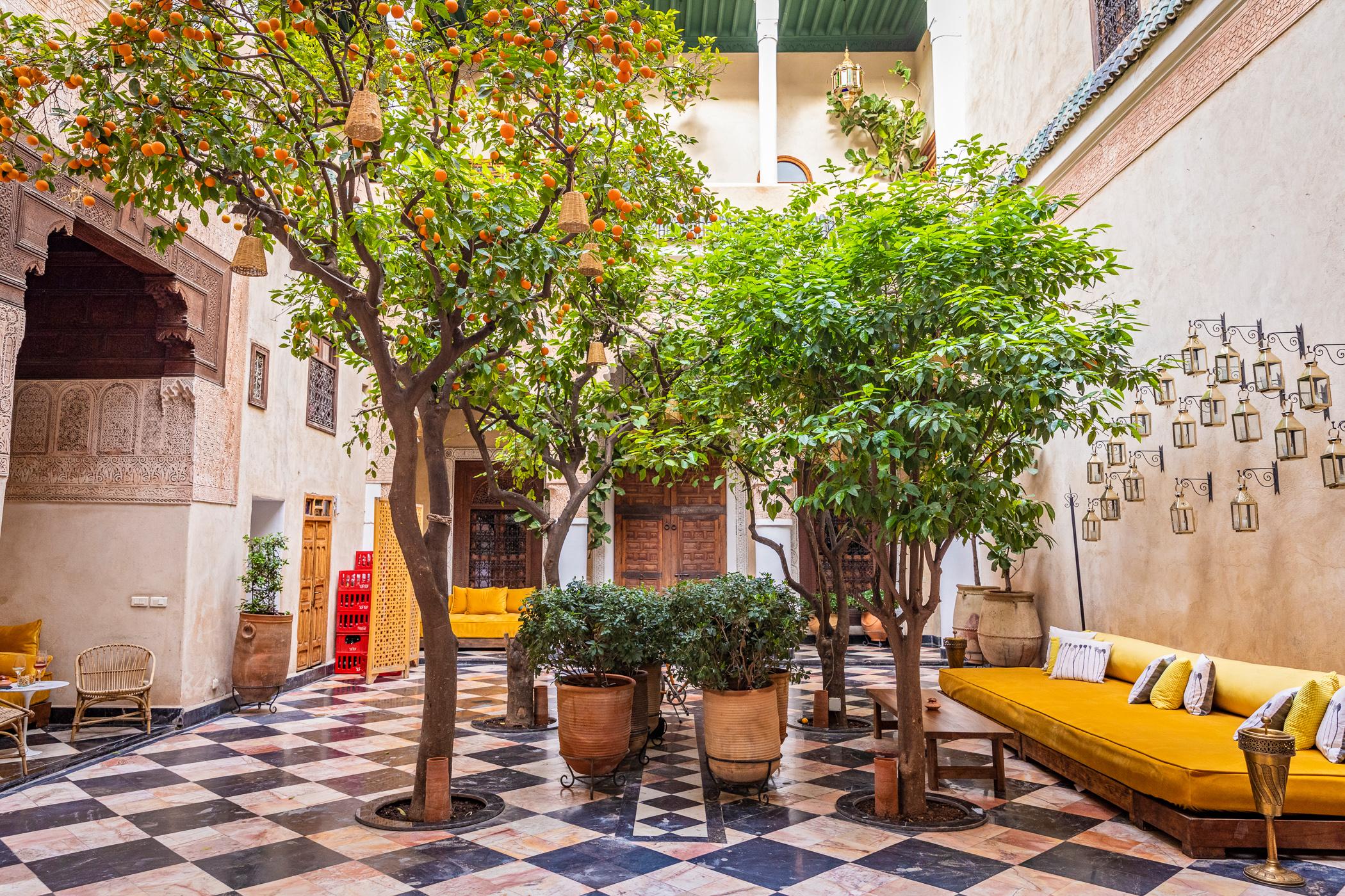 homtastics-Riad-El-Fenn-Marrakesch-Innenhof-1050x700@2x