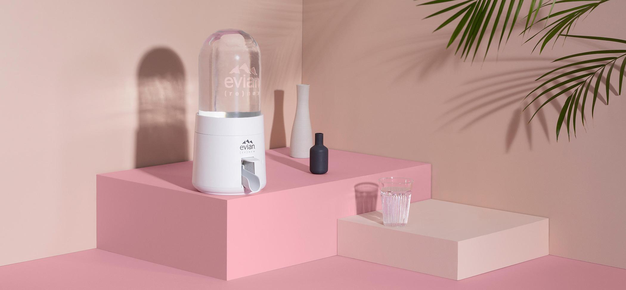 femtastics-Evian-Wasserspender