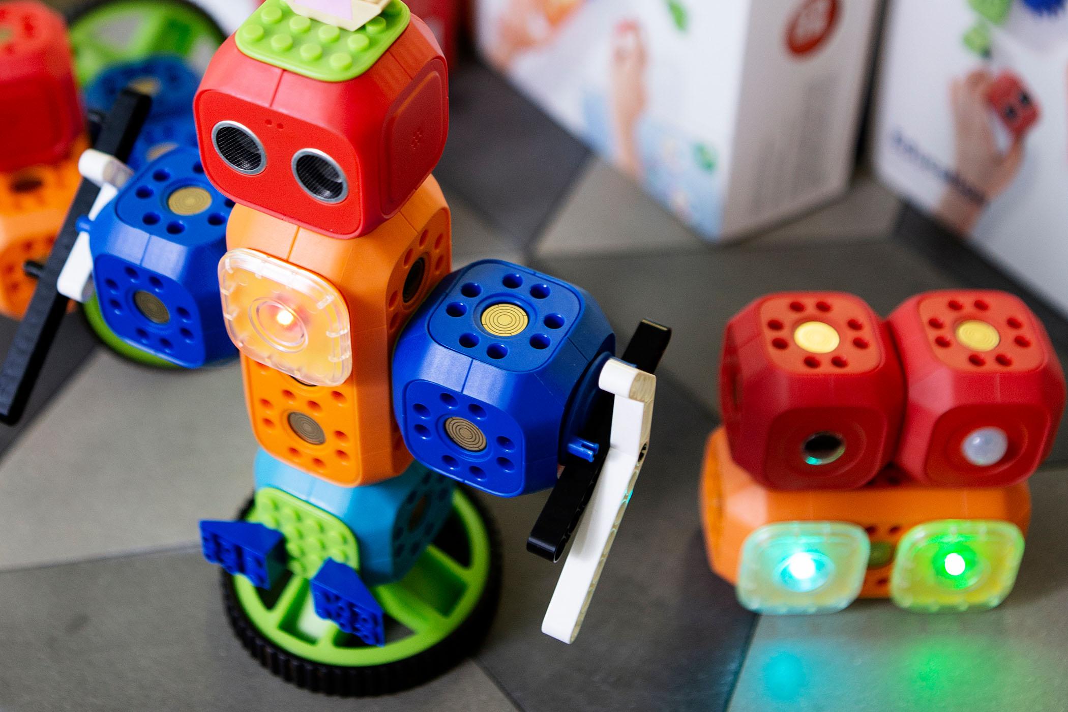 08-robo-wunderkind-set