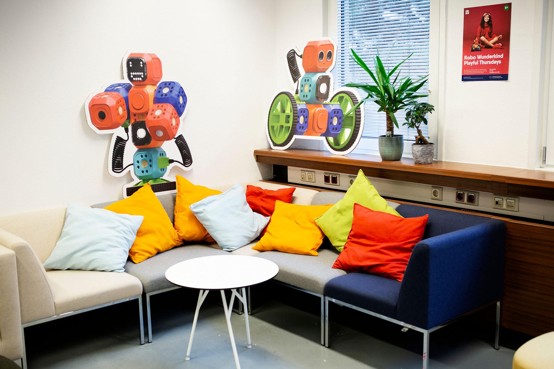 10-office-robo-wunderkind-wien