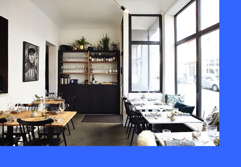homtastics-haebel-Restaurant-Hamburg-Tische